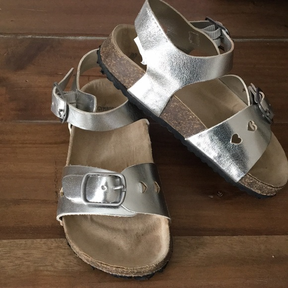 d8b73a2f1ea6 Gymboree Other - Gymboree faux Birkenstock little girls sandals